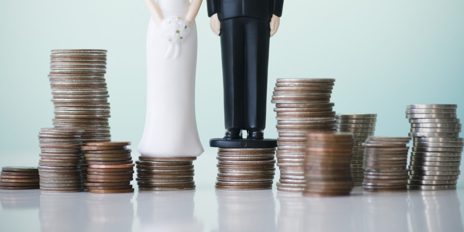 How to Plan a Wedding Without Breaking the Bank — 5 Wedding Expert-Based Tips