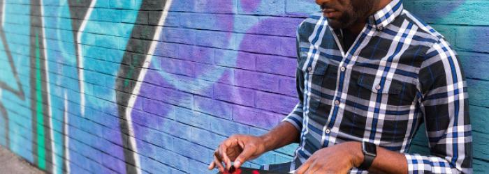 Riffs on Riffs Scratch Portable DJ Turntable Giveaway